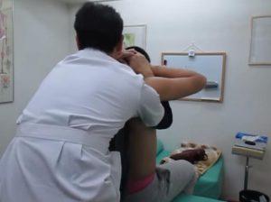 胸椎アジャスト矯正